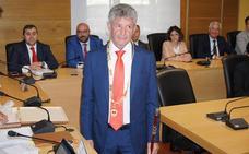 Pleno nombramiento como alcalde de Arroyo de Sarbelio Fernández