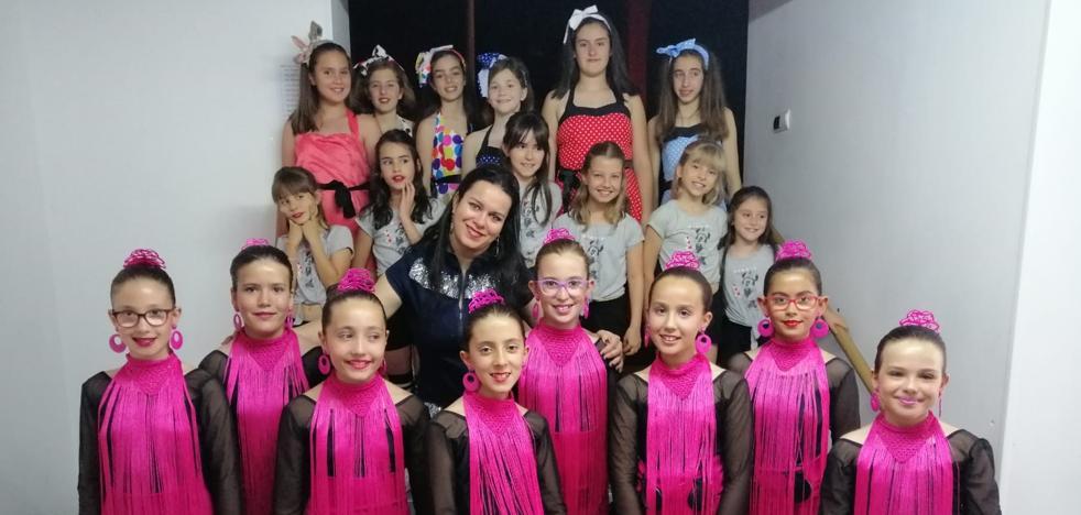 Festival fin de curso Escuela de Danza de Arroyo