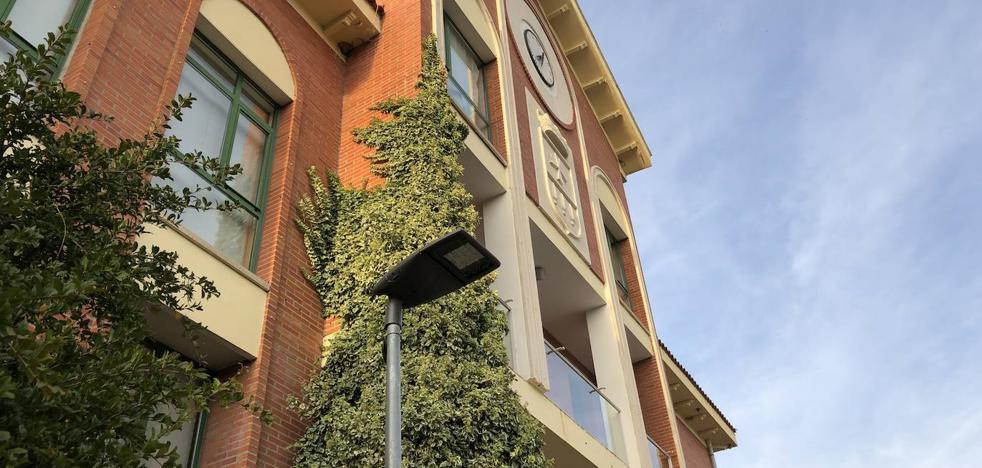 Arroyo reducirá la factura energética en 50.000 euros tras instalar luminarias led en nueve calles