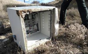 La Policía Local de Arroyo recupera una caja fuerte forzada y abandonada