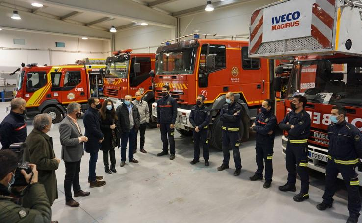 Visita al nuevo parque de bomberos de la Diputación de Valladolid en Arroyo de la Encomienda