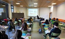 Arroyo dota con más de 240.000 euros las líneas de ayudas escolares