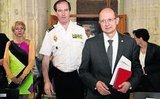 La Policía admite que hace siete años eran menos agentes pero «superaban la eficiencia»