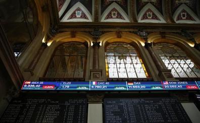 El Ibex roza los 11.000 puntos gracias al tirón de Banco Santander