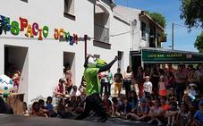 Aldeamayor acoge el II Festival de Artes de Calle