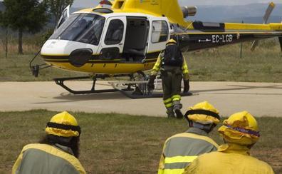La Junta suma un centenar de profesionales a los equipos contra incendios