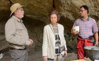 La reina Sofía preside la reunión del Patronato de la Fundación Atapuerca