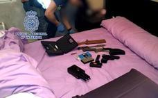 Tres detenidos por obligar a ejercer la prostitución en un club de Zamora
