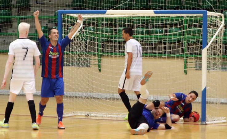 Torneo de fútbol organizado por la ONCE en Segovia