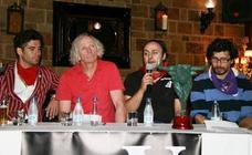 Bill Hillmann, habitual de los encierros de Cuéllar, corneado en Pamplona