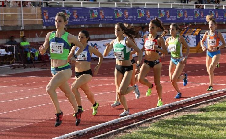 Campeonato regional de atletismo en el Campo de la Juventud de Palencia