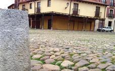 León iniciará en septiembre la recuperación del empedrado de la Plaza del Grano