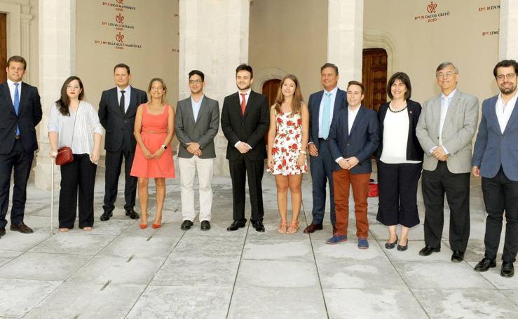 La Fundación Schola entrega los Premios al Compromiso Universitario
