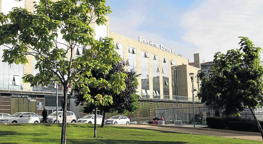 El Ayuntamiento rechaza que el pleno debata el cierre del Corona