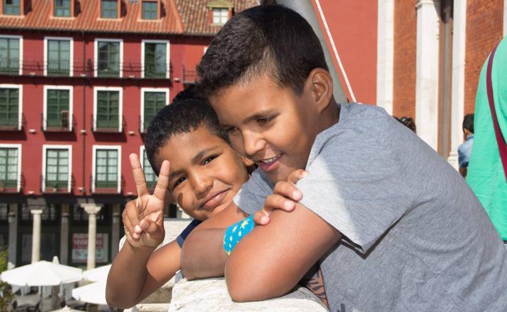 El Ayuntamiento de Valladolid recibe a los niños saharauis