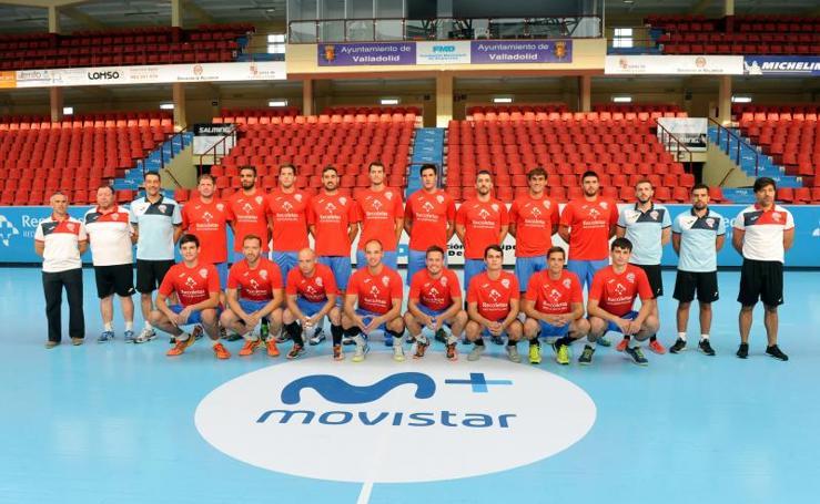 Presentación del BM Atlético Recoletas en el polideportivo Huerta del Rey de Valladolid