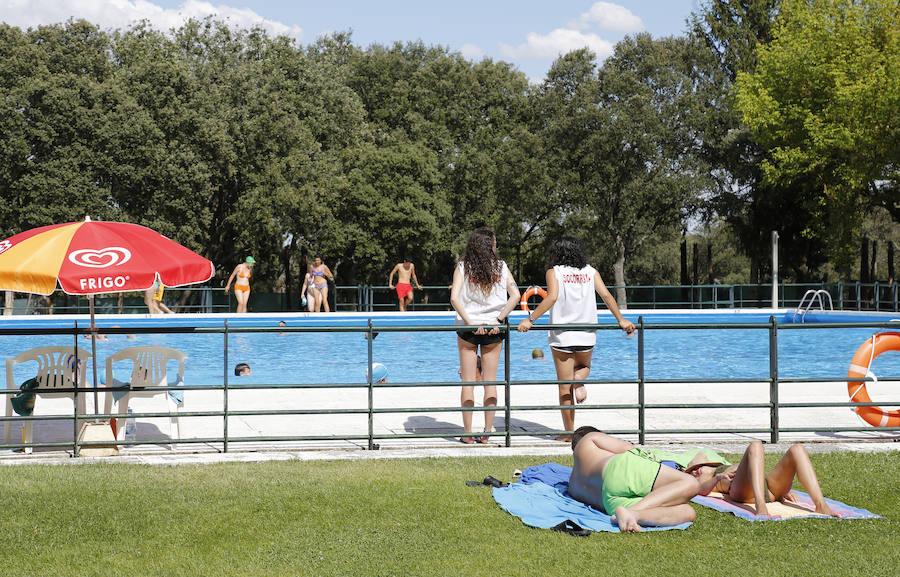Las piscinas registran 57.347 entradas, una cifra similar a julio de 2016, que fue récord
