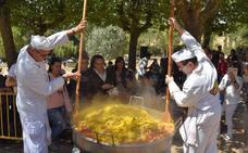 Olleros de Pisuerga reparte 1.800 raciones de paella