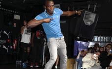 Bolt celebra su triste bronce en Londres con una fiesta nocturna
