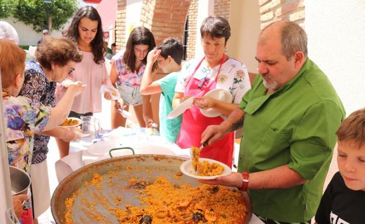Paella solidaria en Hornillos