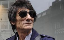 El Rolling Ronnie Wood supera un cáncer de pulmón