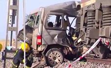 Dos muertos en Ciudad Real al cruzar con una furgoneta un paso a nivel sin barrera