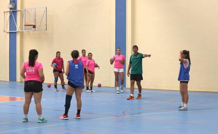Primer entrenamiento de la temporada del Palencia Turismo