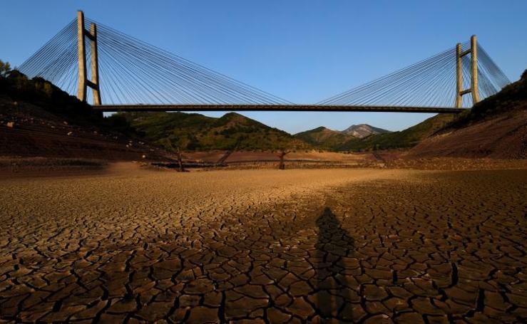 La sequía en Barrios de Luna, León