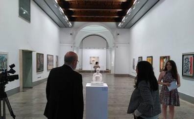 El afán colecionista de Julián Castilla, en la sala de la Pasión