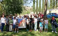 Los niños saharauis se despiden de sus familiares de acogida en Segovia