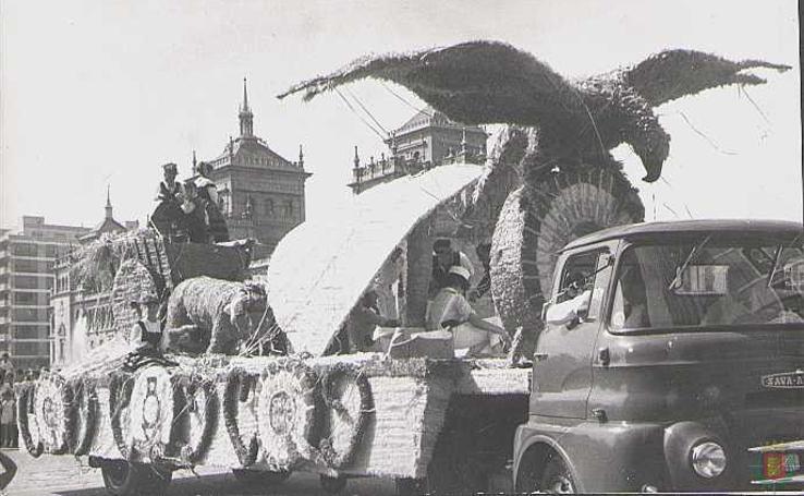 Cuando Valladolid celebraba San Mateo (III): desfile de carrozas
