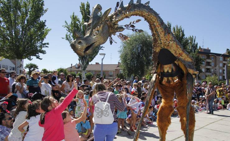 Pasacalles infantil en las fiestas de Laguna de Duero