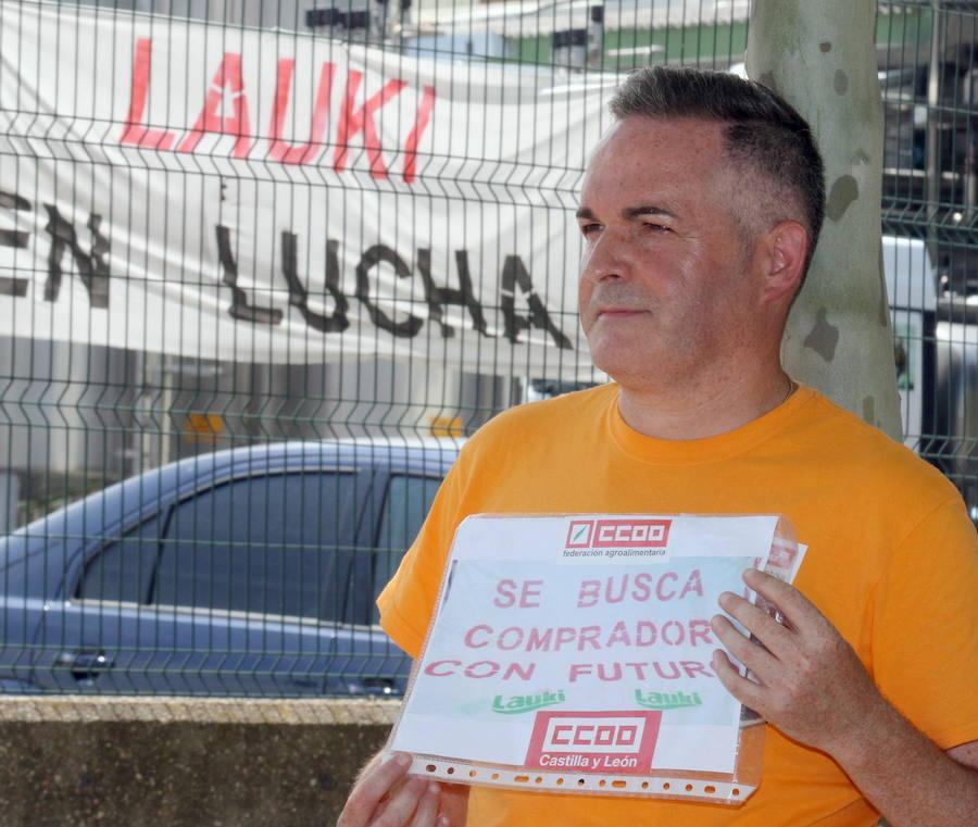 La empresa francesa Lactalis se sienta en los banquillos por el cierre de Lauki en Valladolid