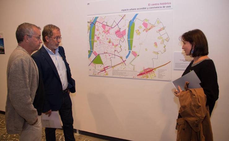San Benito acoge la exposición del Plan General de Ordenación Urbana (PGOU)