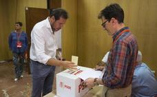 El PSOE de Valladolid vota hoy entre Teresa López y Cecilio Vadillo para dirigir el partido