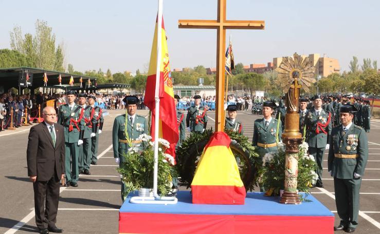 Desfile de la Guardia Civil por el 12 de octubre en Valladolid