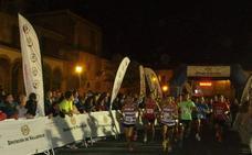 Silvia González y Miguel Ángel Bocos mandan en la carrera nocturna de Olmedo