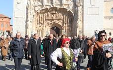 La procesión de la Virgen del Camino corona en Valladolid la XXVI semana cultural del centro leonés