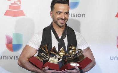 Los Grammy Latino se rinden al fenómeno imparable de 'Despacito'