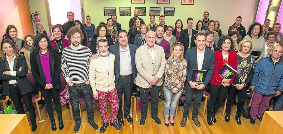 La Diputación reforzará el Plan de Juventud con otro específico de empleo