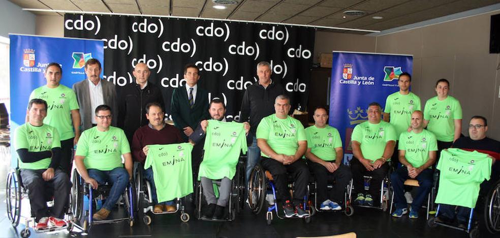 Nace la Escuela de Pádel para personas con discapacidad