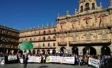 Las protestas contra la mina de Retortillo llegan hasta la capital