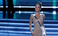La sudafricana Demi-Leigh Nel-Peters se hace con la corona de Miss Universo