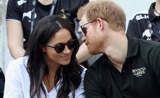 El Príncipe Harry le pidió la mano Meghan Markle mientras asaban un pollo