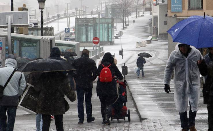 Las primeras nieves llegan a la provincia de Segovia
