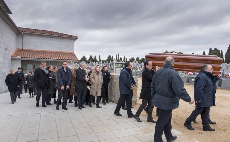 Funeral por el presidente de honor del Partido Popular de Ávila, Feliciano Blázquez
