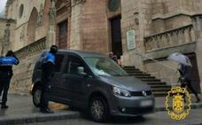 Un conductor que duplicaba la tasa de alcoholemia, sorprendido cuando «visitaba» la Catedral de Burgos