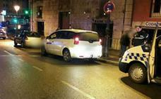 Arrestado un conductor novato bebido que sufrió un accidente en la calle Santander