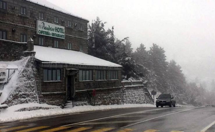 Jornada de frío y nieve en Segovia