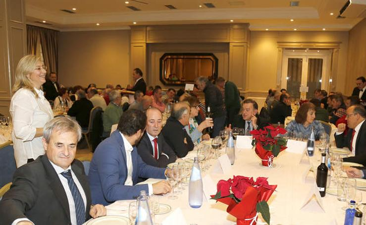 Asaja reúne a trabajadores y afiliados en una comida navideña